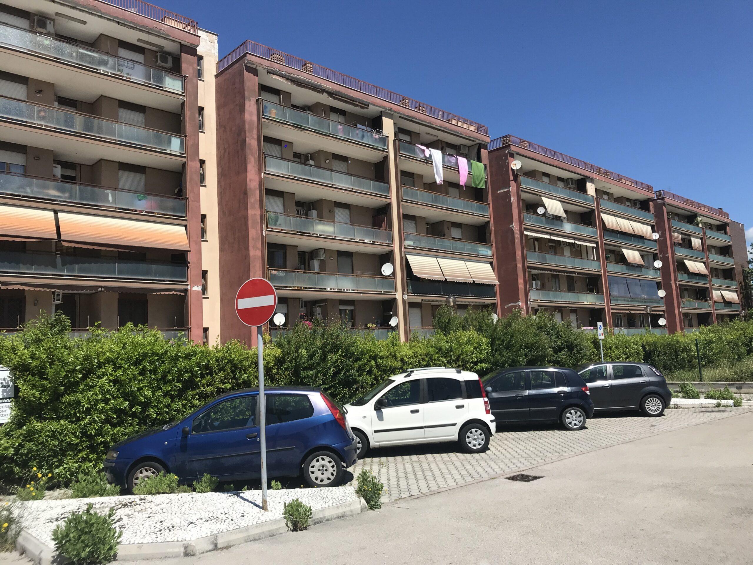 Appartamento Zona Latina Fiori