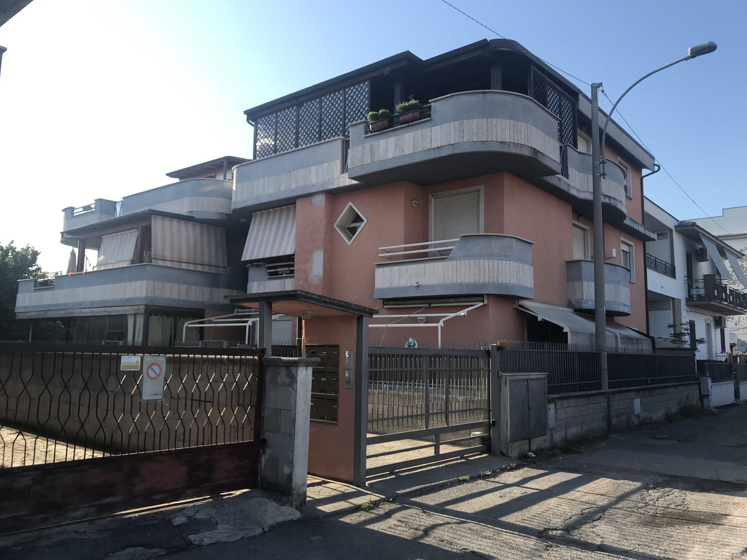 Affittiamo Appartamento Arredato a Latina Scalo